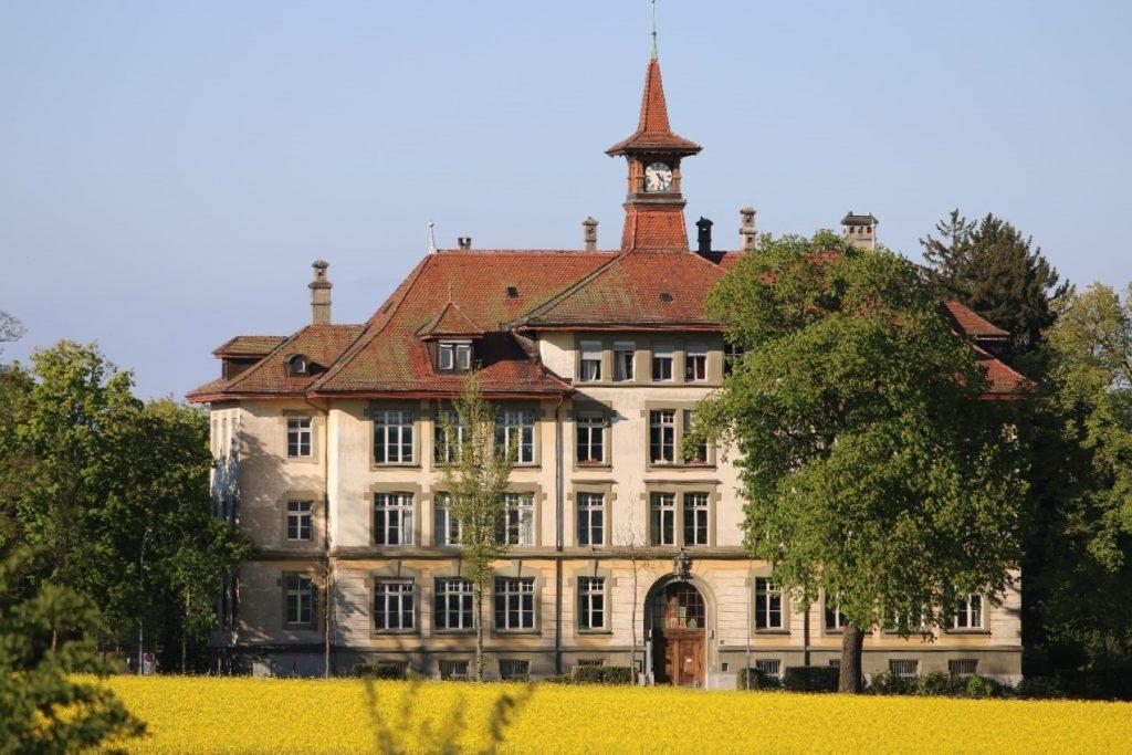 Schulhaus Enge in Bern